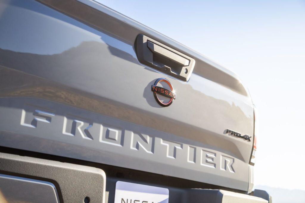 2022 Nissan Frontier 6
