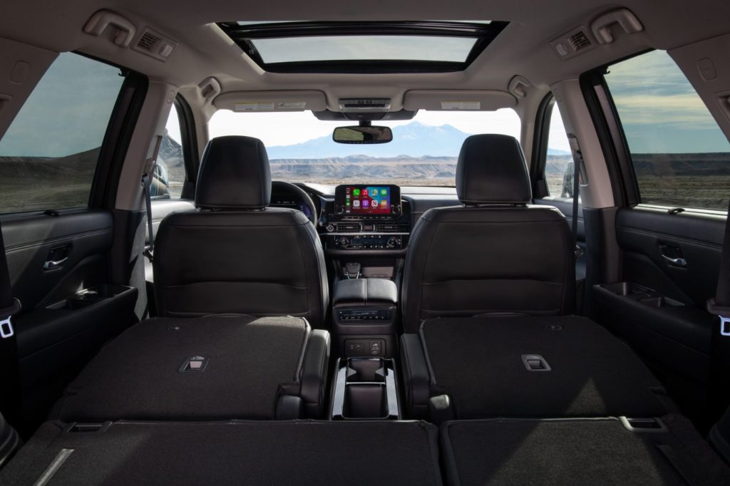 2022 Nissan Pathfinder interior layout.