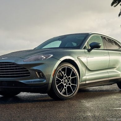 2021 Aston Martin DBX Omaze 3
