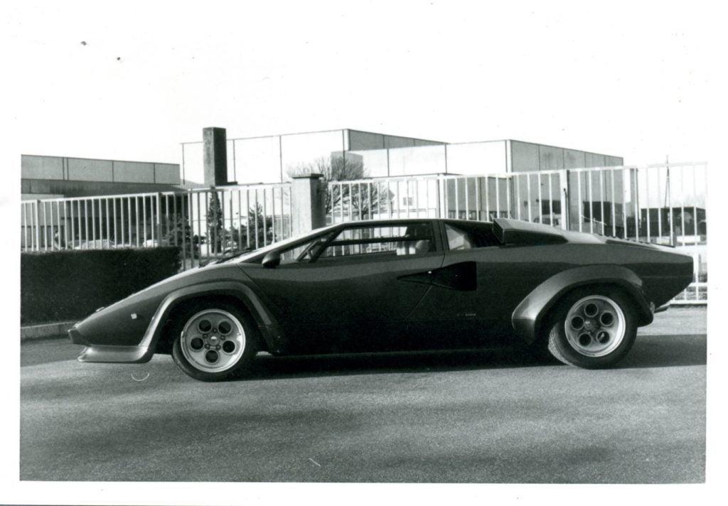 Lamborghini Countach 12
