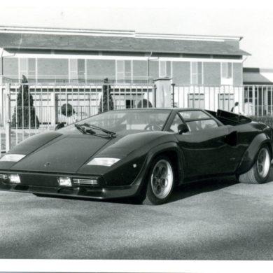 Lamborghini Countach 13