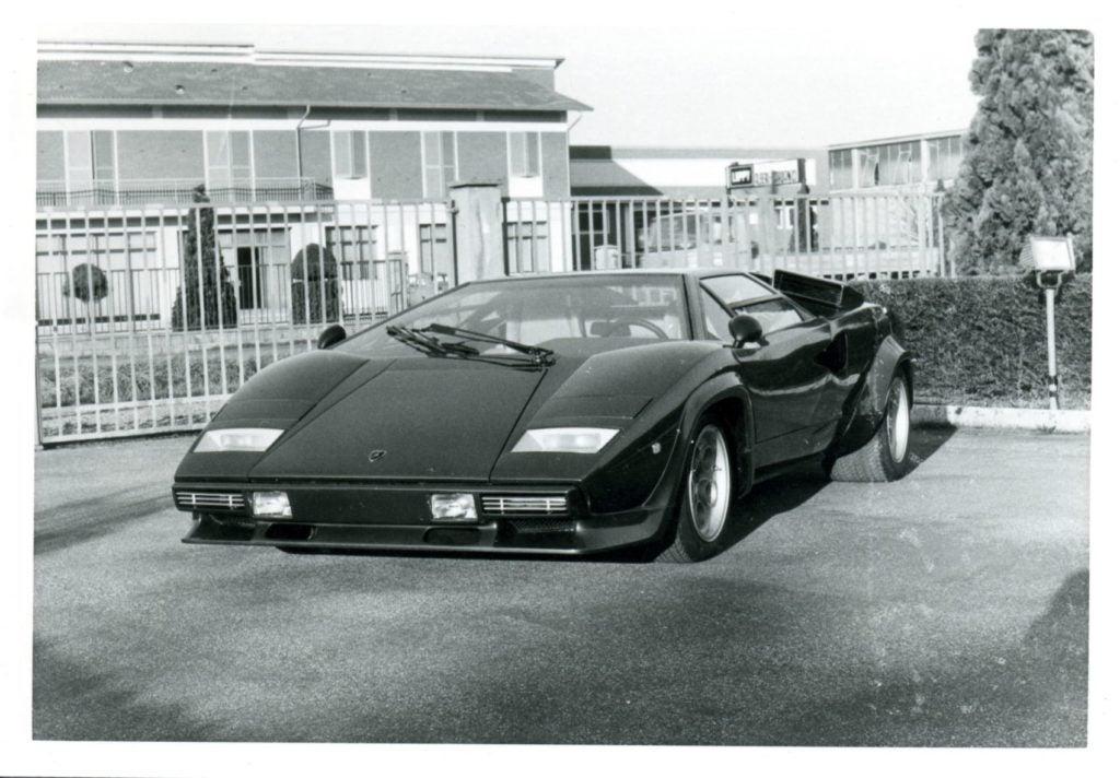 Lamborghini Countach 14