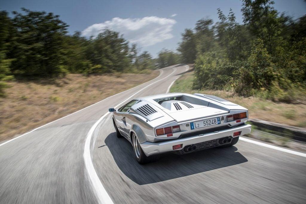 Lamborghini Countach 15