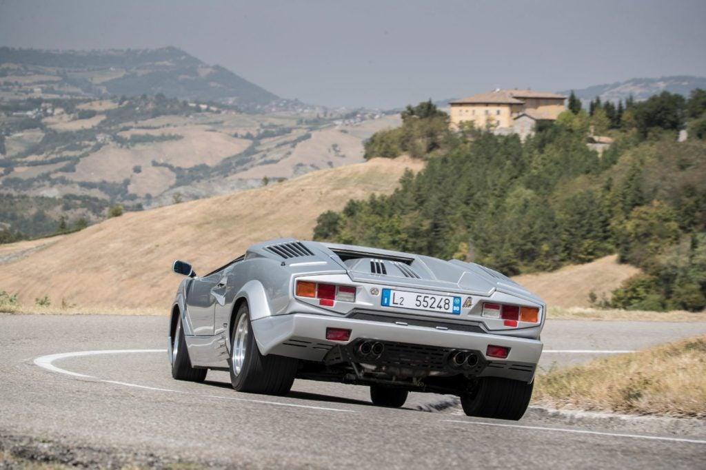 Lamborghini Countach 16