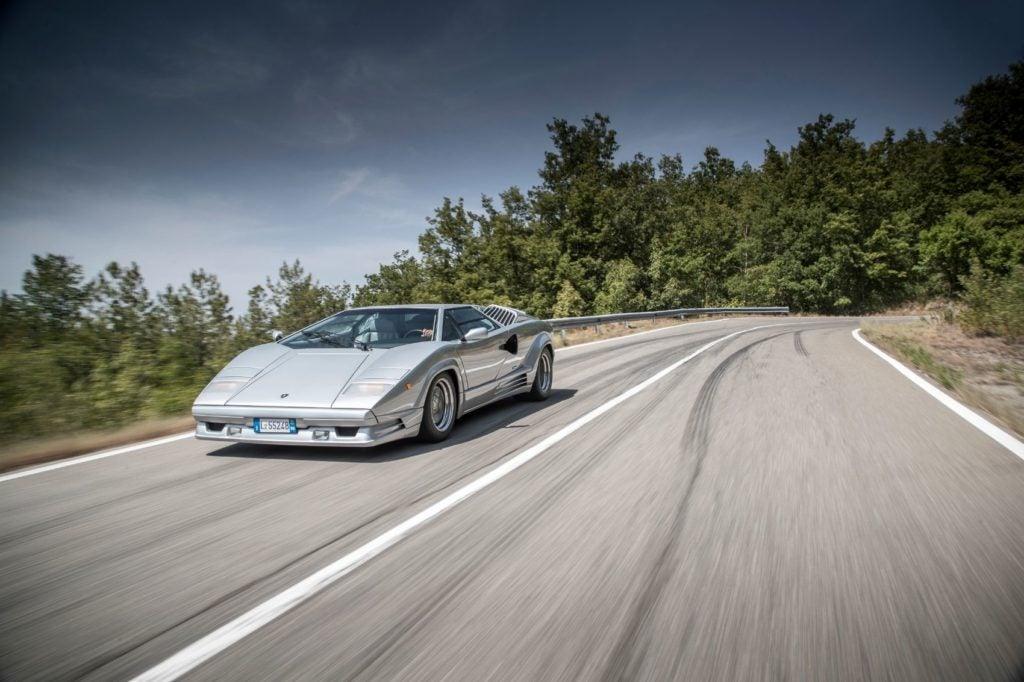 Lamborghini Countach 19