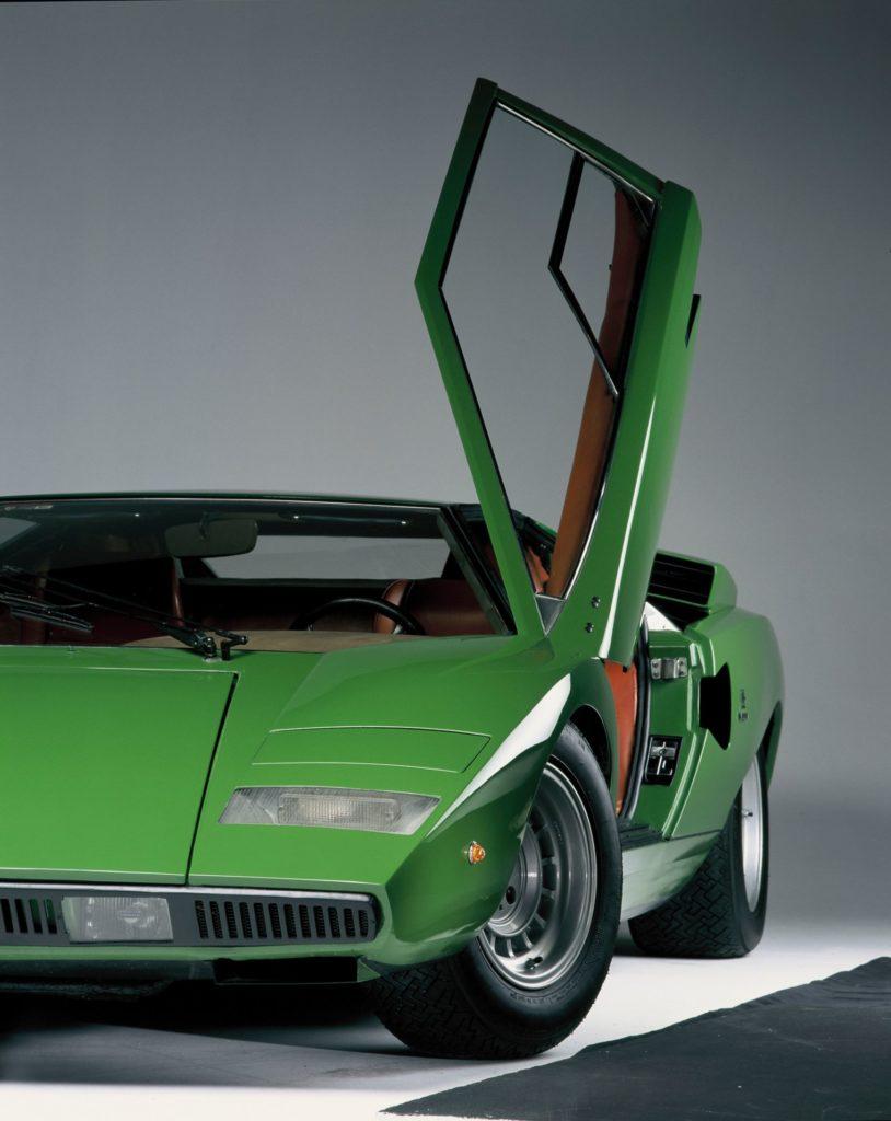 Lamborghini Countach 7