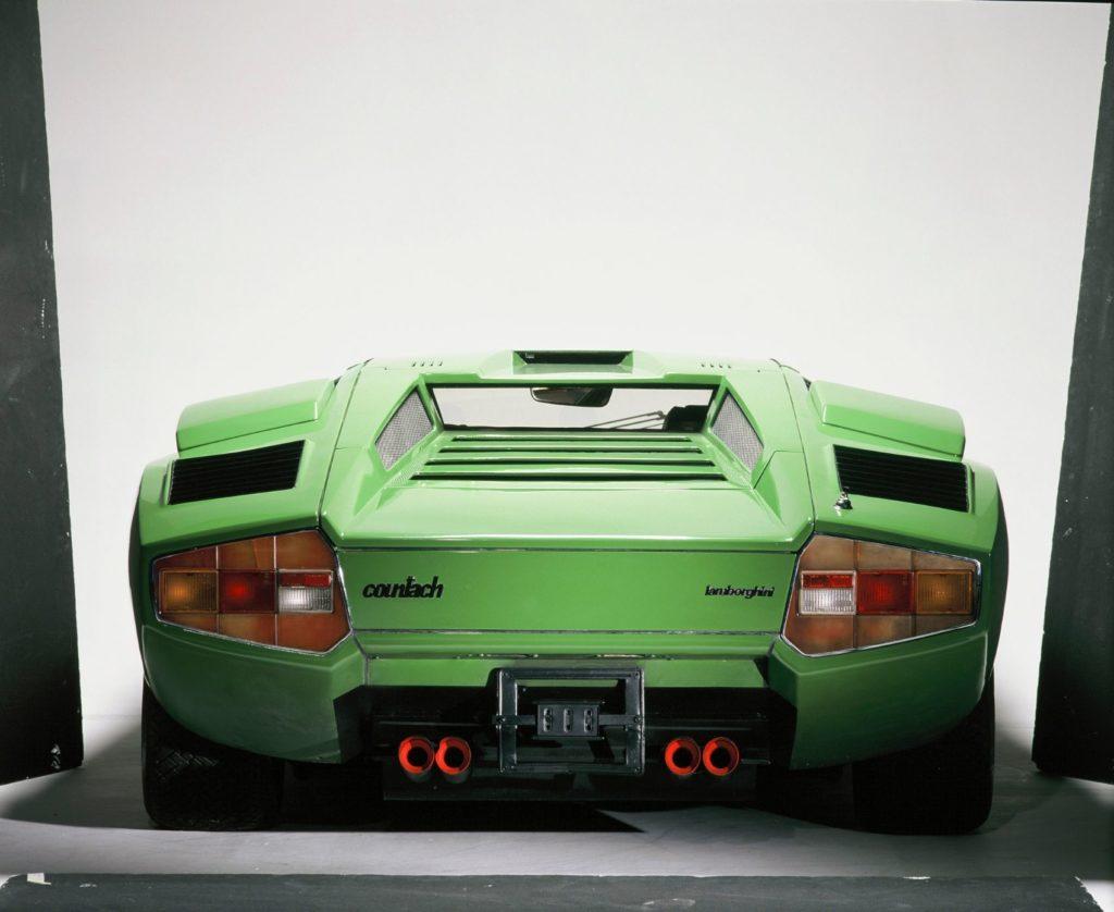 Lamborghini Countach 9