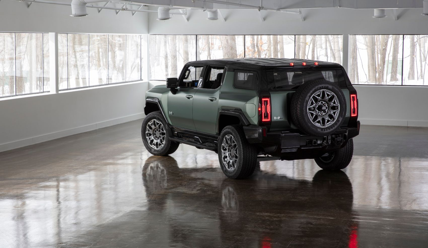 2024 GMC Hummer EV SUV: New Pricing Info, Photo Gallery & Other Fast Facts