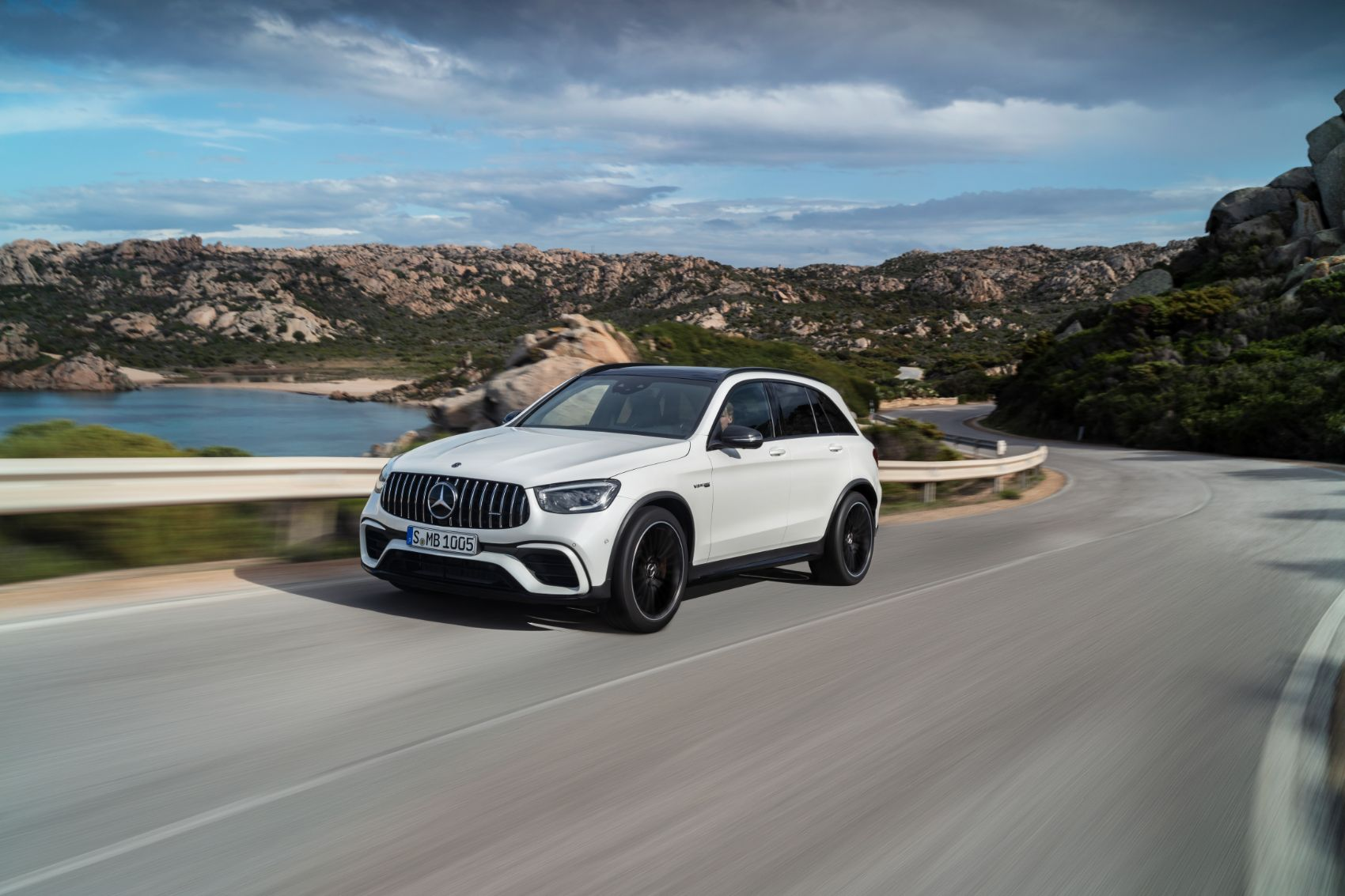 2022 Mercedes-AMG GLC 63 S Overview: New Features, Powerful Engines & More