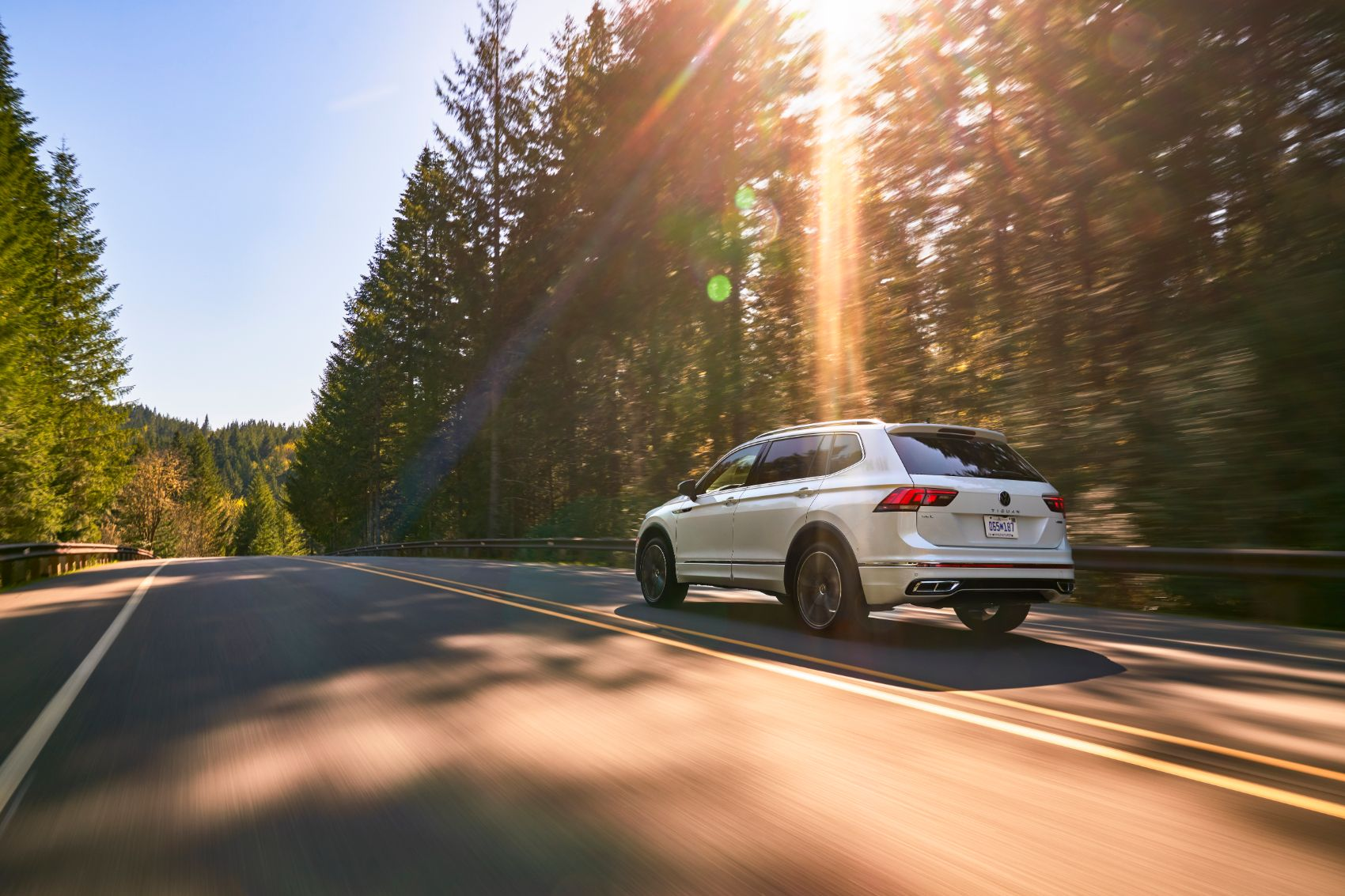 2022 VW Tiguan: Refreshed Styling & New Tech Updates for VW's Top-Selling Crossover