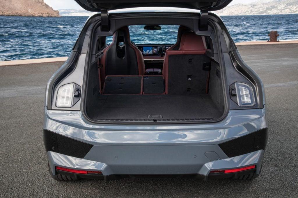 2022 BMW iX xDrive50 24