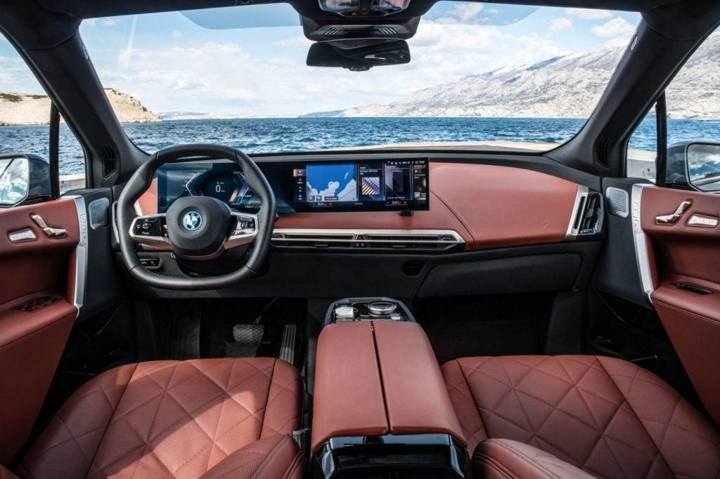 2022 BMW iX xDrive50 26
