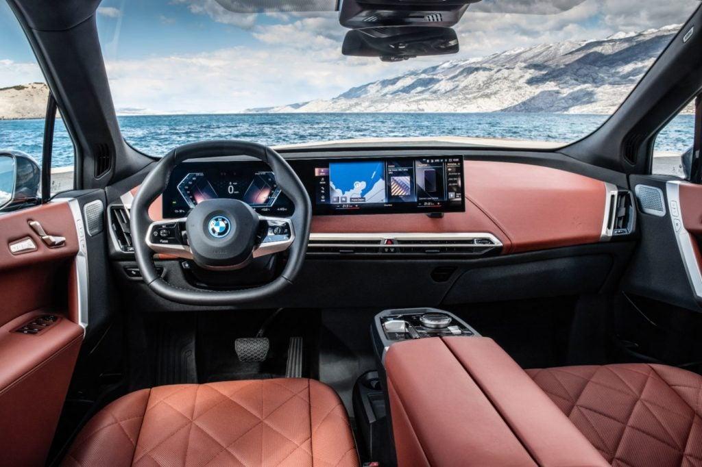 2022 BMW iX xDrive50 27