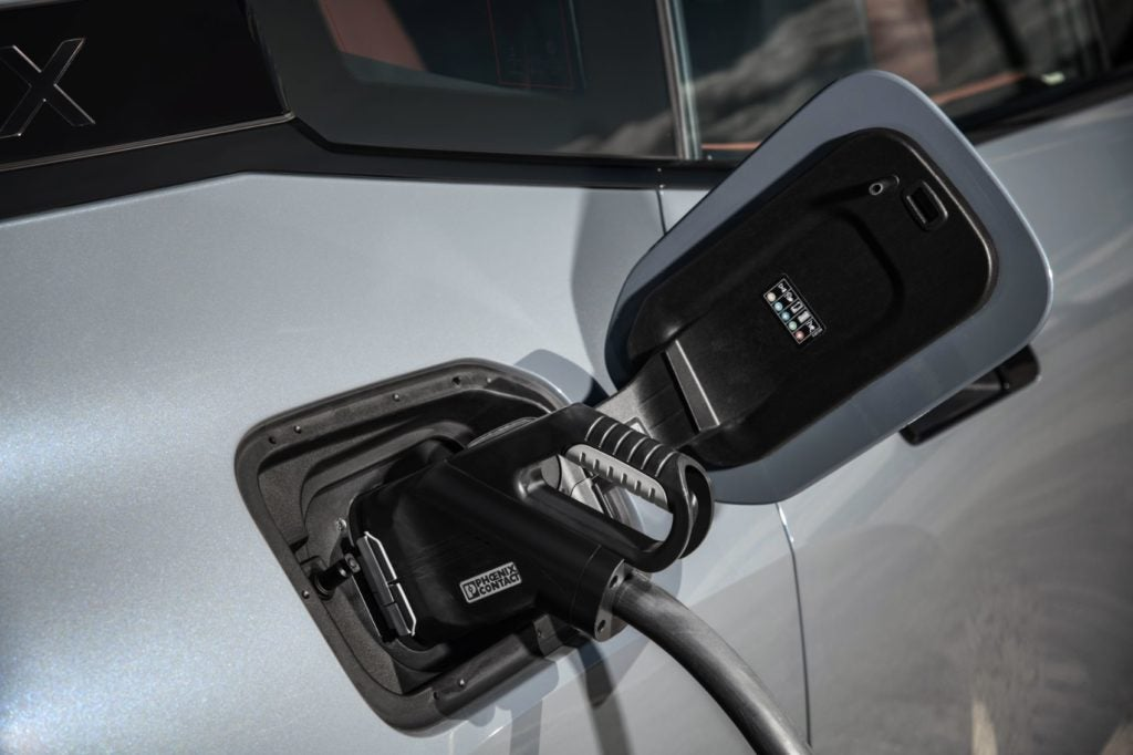 2022 BMW iX xDrive50 36