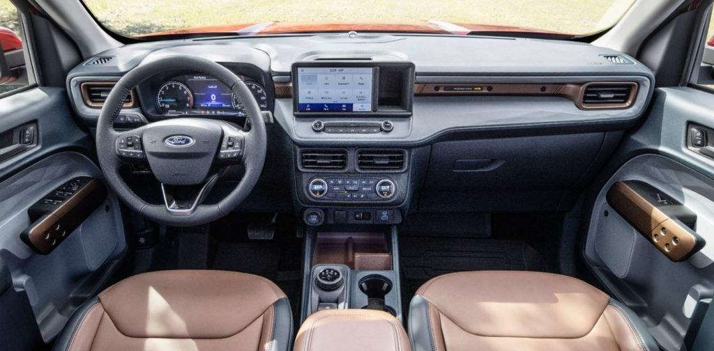 2022 Ford Maverick interior layout.