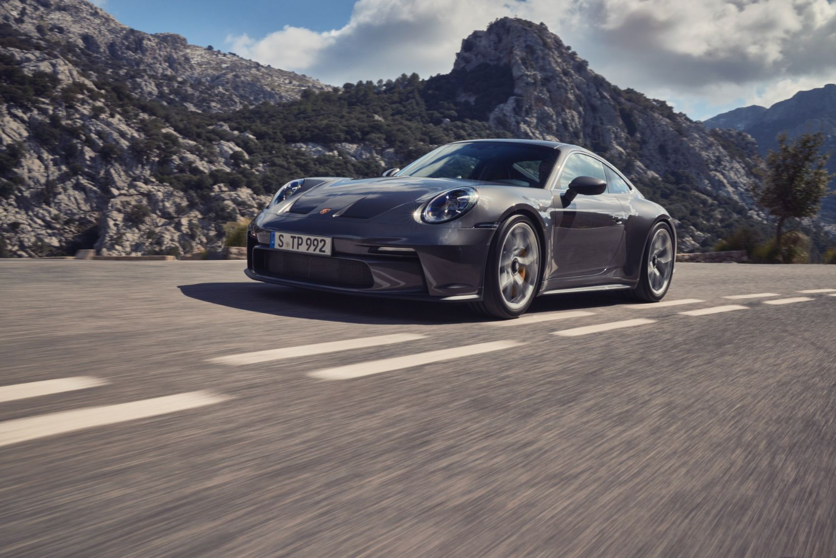 Porsche 911 GT3 Receives New Touring Package For 2022