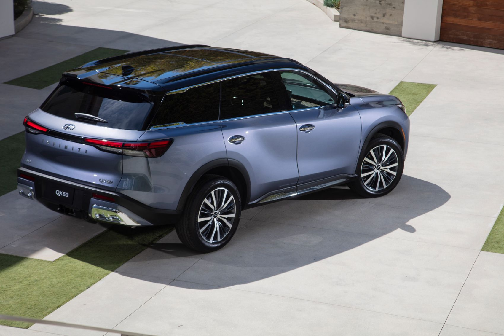 2022 Infiniti QX60 Overview: Trim Levels, New Tech Features, Pricing & More