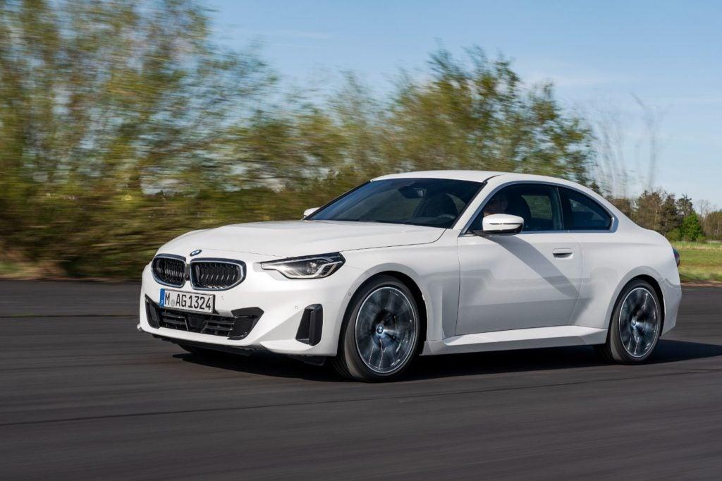 BMW 220i Coupe 11