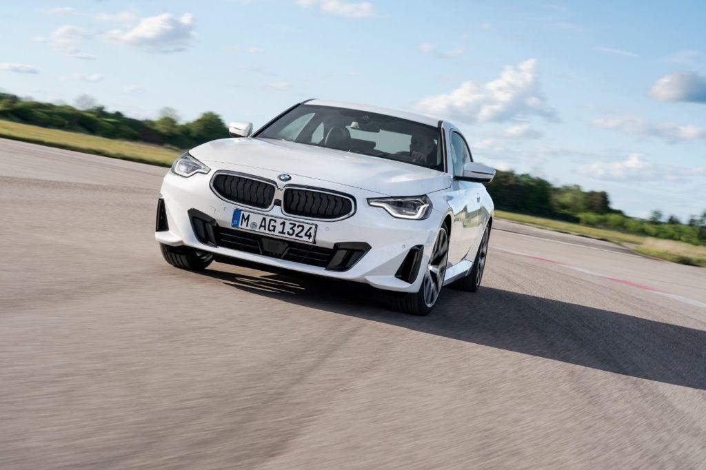 BMW 220i Coupe 12