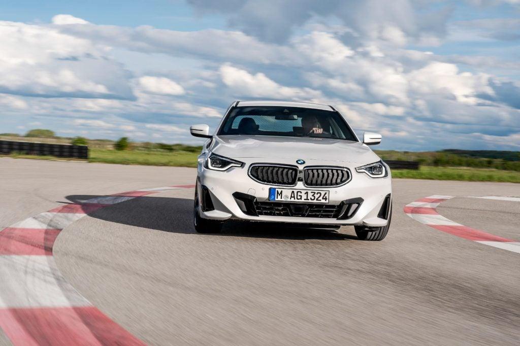 BMW 220i Coupe 17