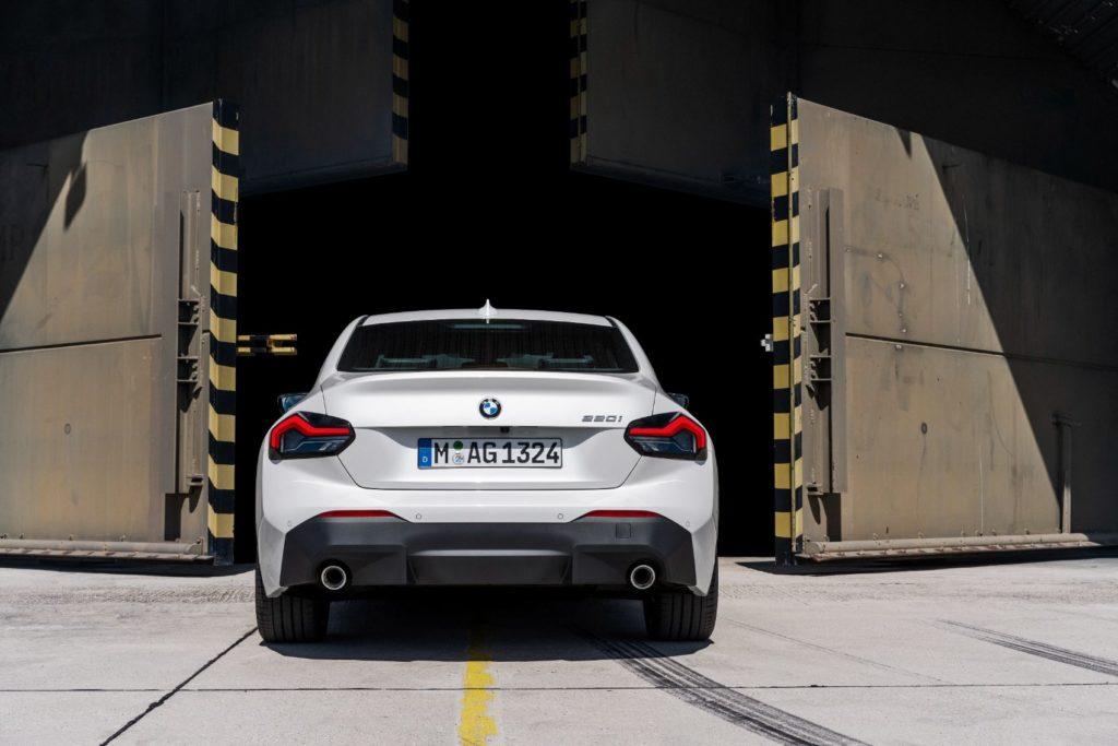 BMW 220i Coupe 24