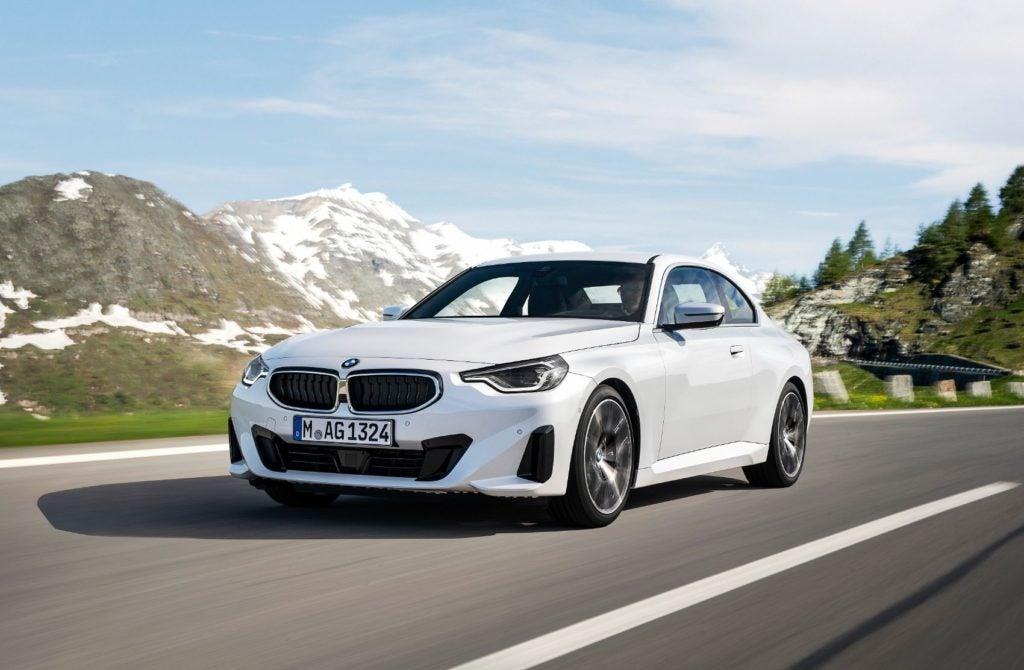 BMW 220i Coupe 29