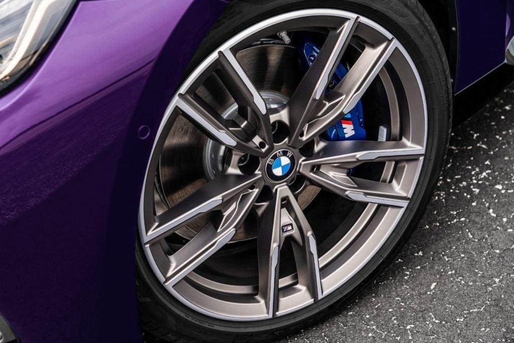 BMW M240i xDrive Coupe 17