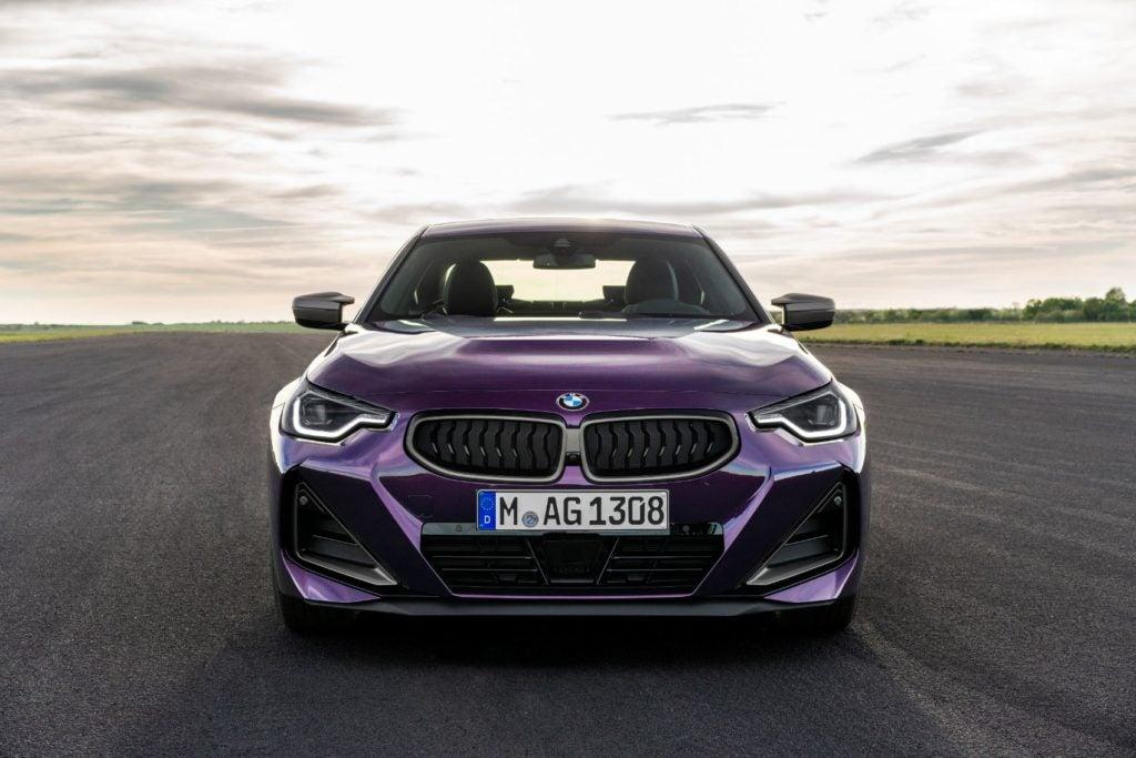 BMW M240i xDrive Coupe 33