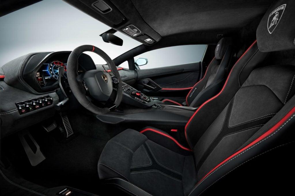 Lamborghini Aventador LP 780-4 Ultimae interior layout.