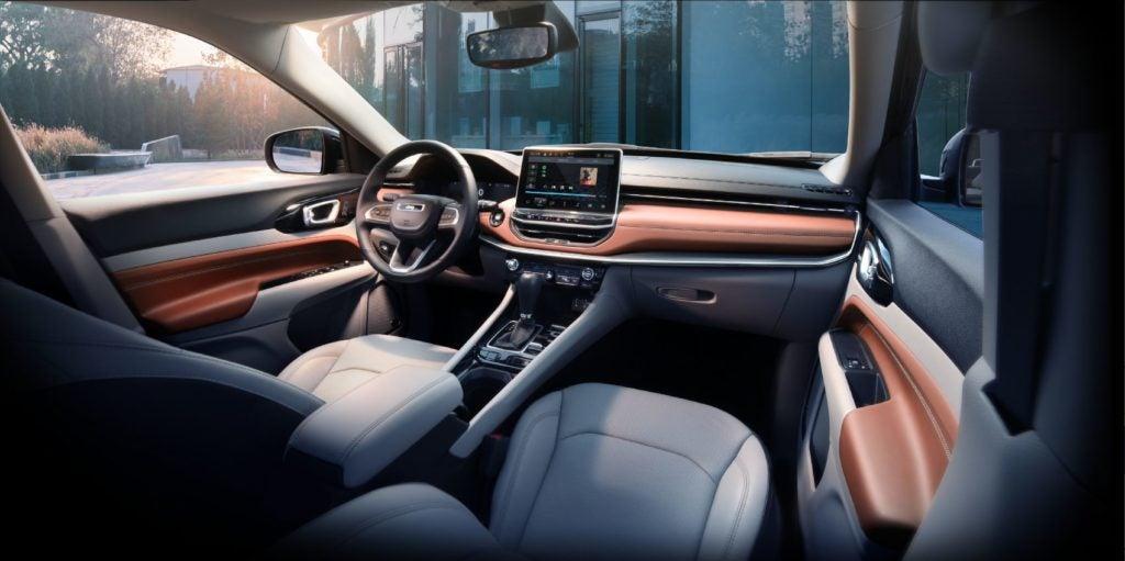 2022 Jeep Compass interior layout.