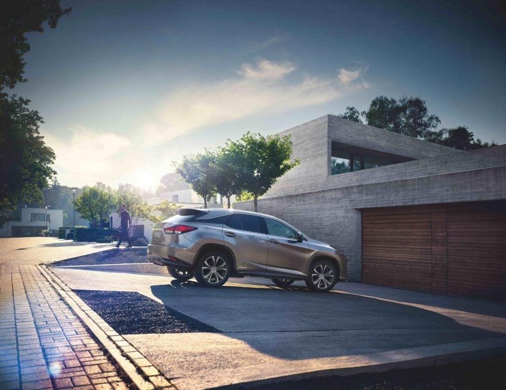 2022 Lexus RX 450h.
