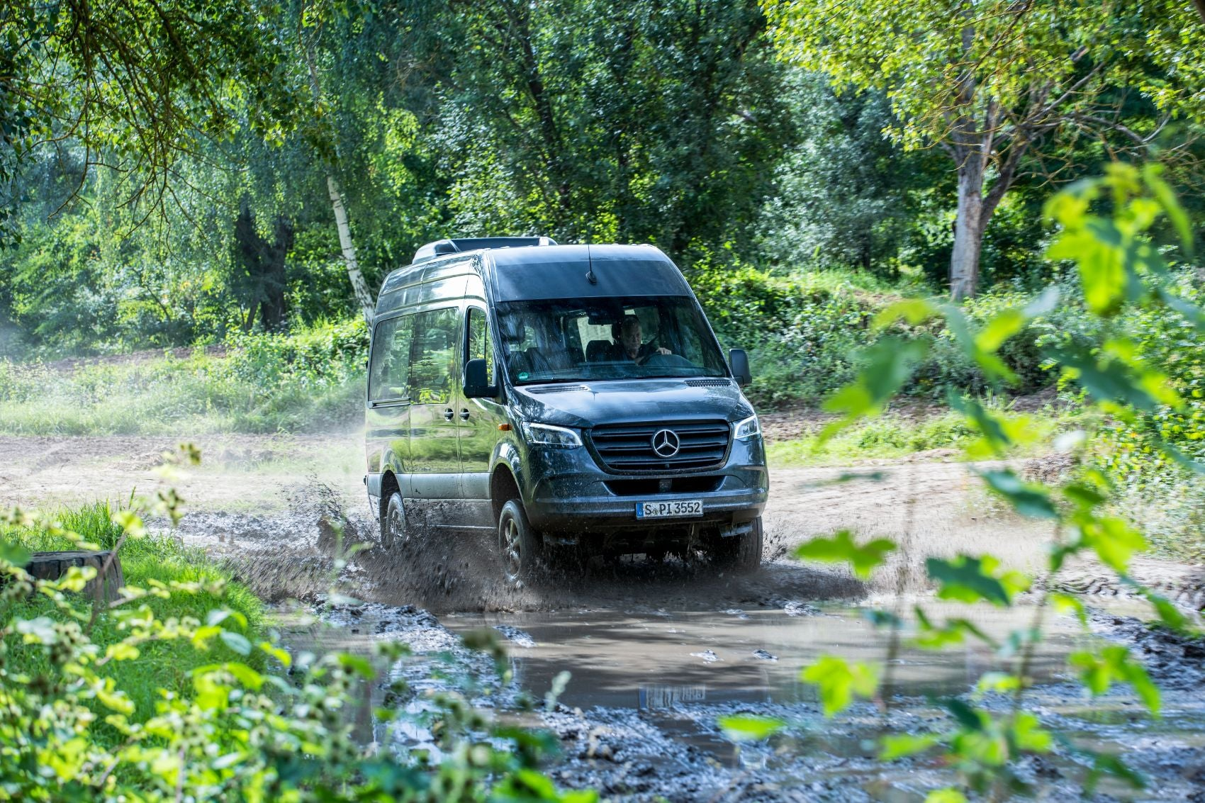 2022 Mercedes-Benz Sprinter: New Diesel Engine, AWD Capability & Innovative Speed Delivery Doors