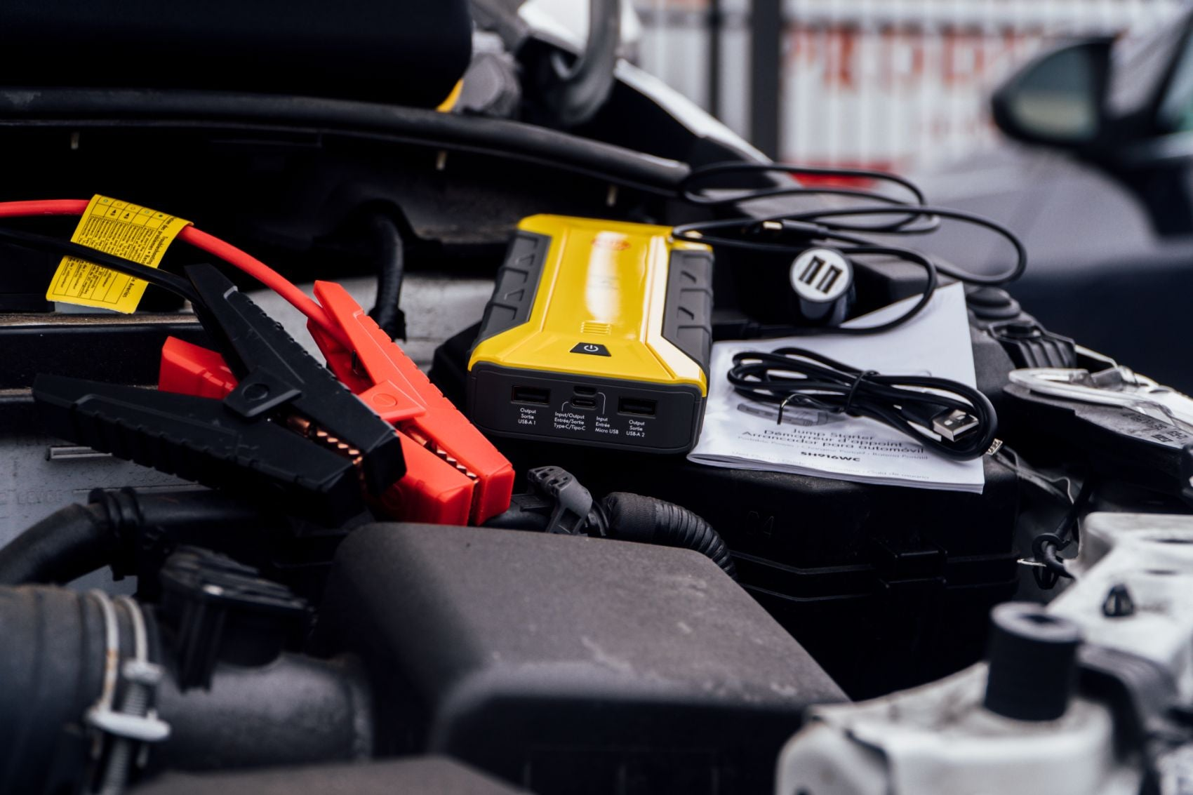 Shell 1200A Portable Jump Starter 17 - 1200A Shell Portable Jump Starter Review: How It Works & Should You Buy It?