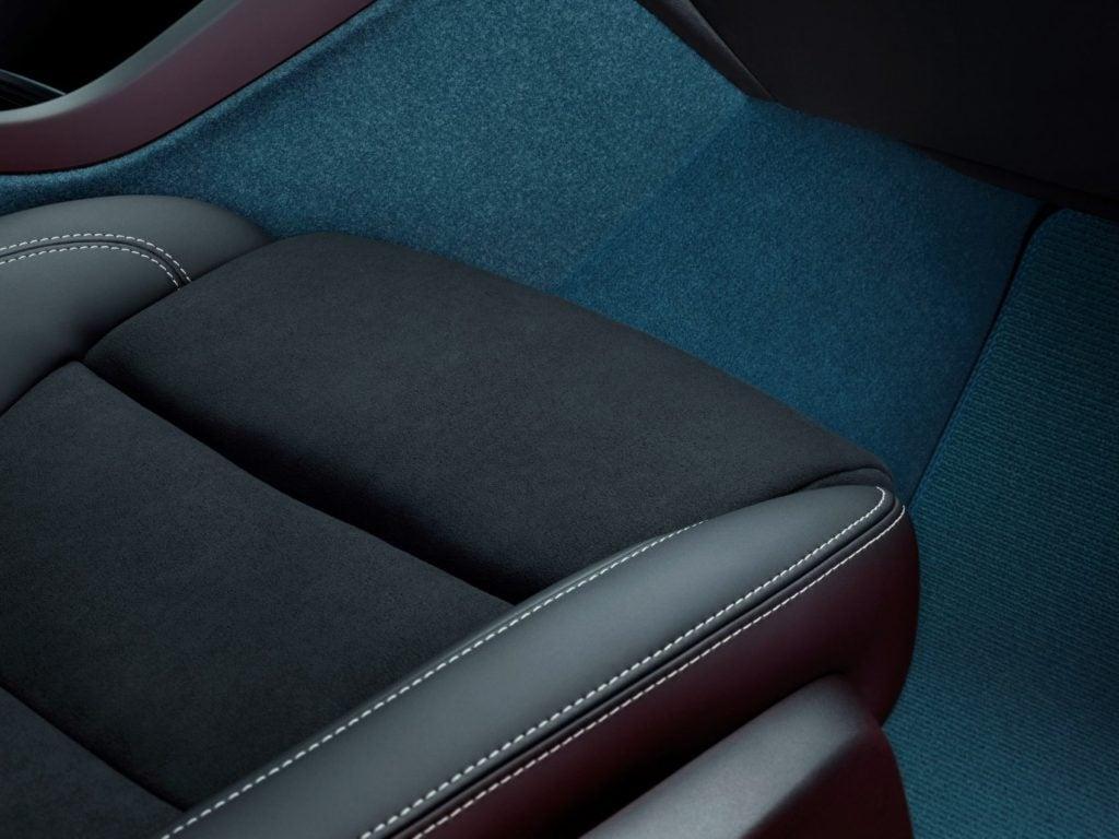 Volvo XC40 Recharge interior.